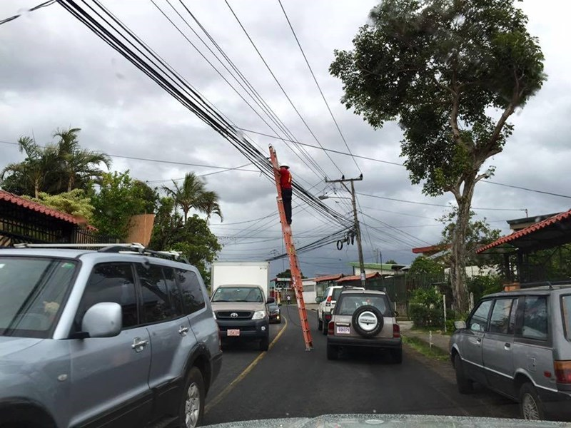street,ladder,FAIL,cars,safety