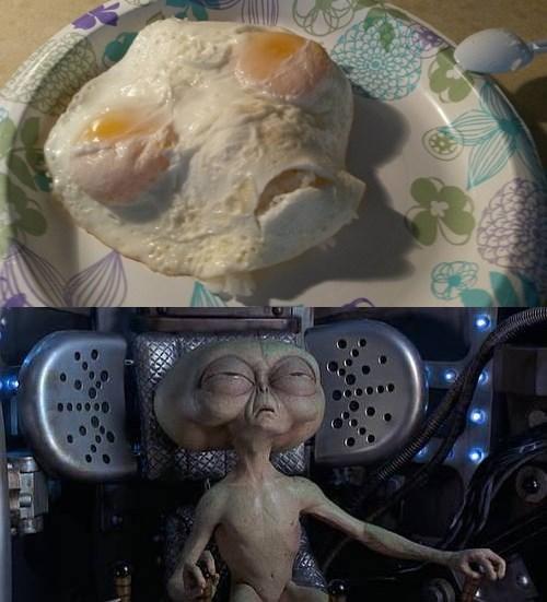 Aliens,eggs,funny