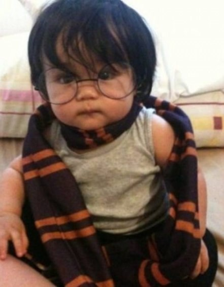 baby Harry Potter parenting - 8820764928