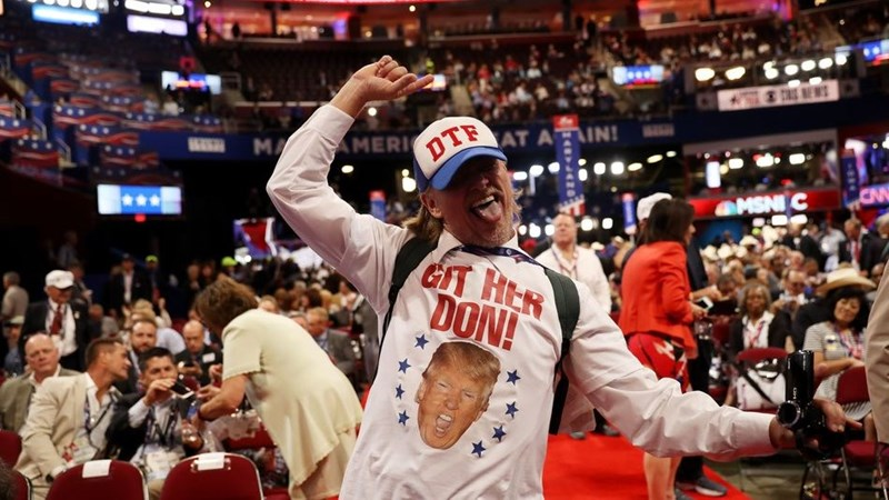 No, this guy in the DTF hat is sadly enough not a delegate - pity!