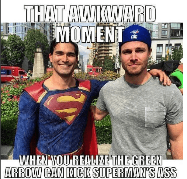 the-awkward-moment-when-green-arrow-is-bigger-than-new-superman
