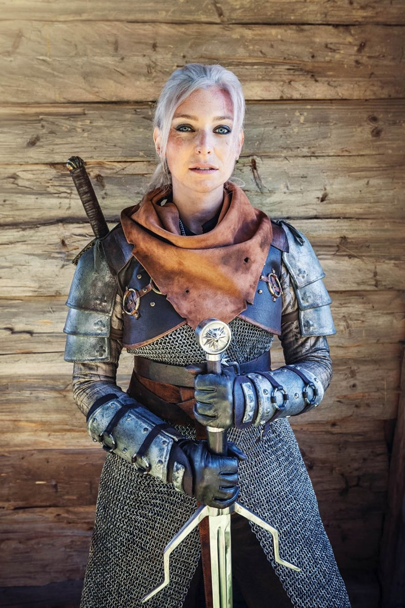 video-game-cosplay-geralt-of-rivia
