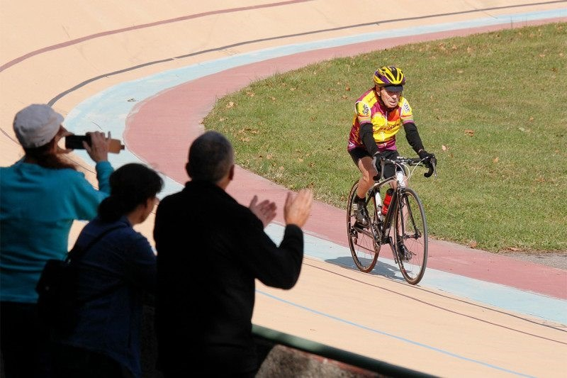 trending news 104 year old cyclist named greatest athlete