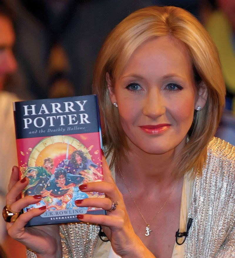 trending news pottermore hiring harry potter fan fiction writers