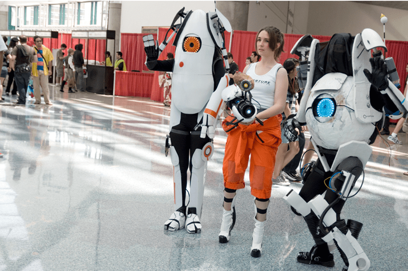 video-game-inspired-portal-cosplay