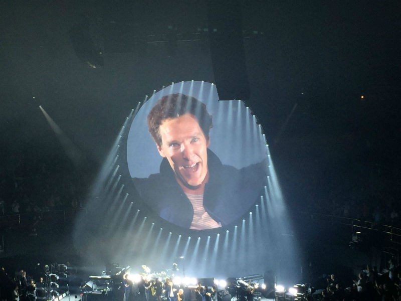 trending instagram video benedict cumberbatch sings pink floyd