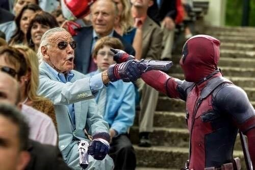 stan-lee-and-deadpool-square-off-in-funny-picture