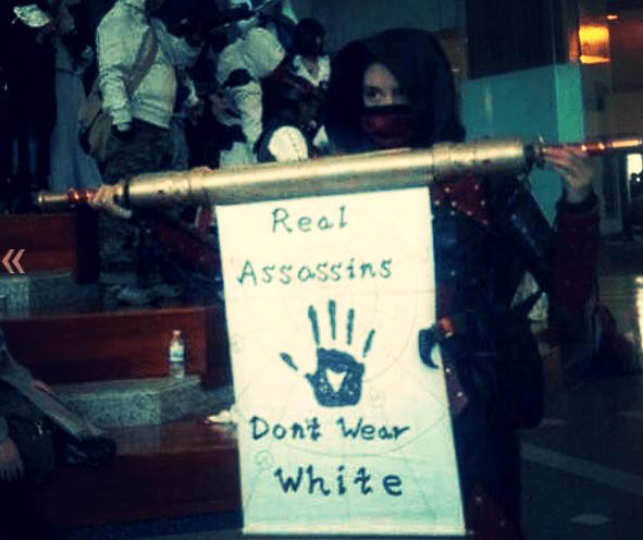 real-assassins-dont-sport-white-suite