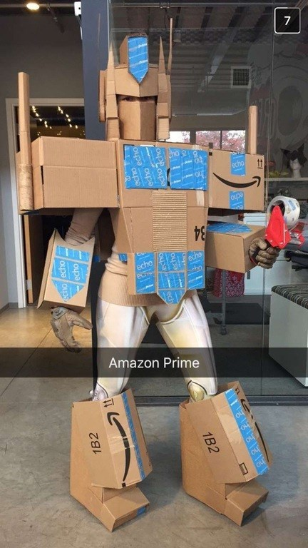 halloween win office costume party winner turned amazon boxes into transformer