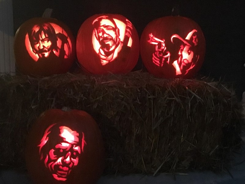 the-walking-dead-gets-a-smashing-pumpkin-tribute