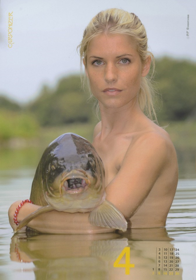 women sexy fishing naked