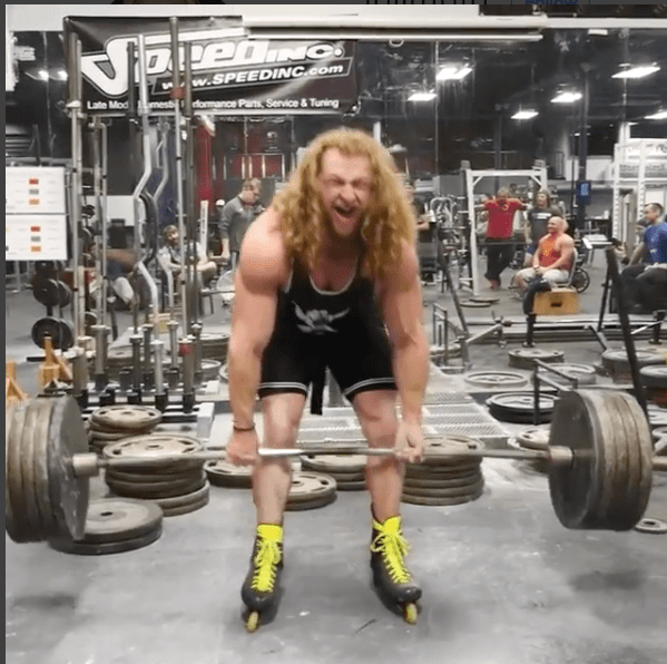 jon call weightlifter makes gains deadlifting 495 pounds while on rollerblades