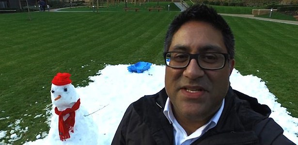 "Dad of the Day: Father Makes Daughters' ""Frozen"" Dreams Come True With A Little Snow"