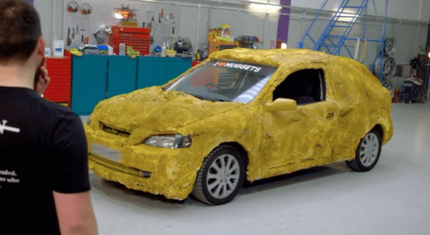 woman has fiances car turned into chicken nugget on carjackers on e4