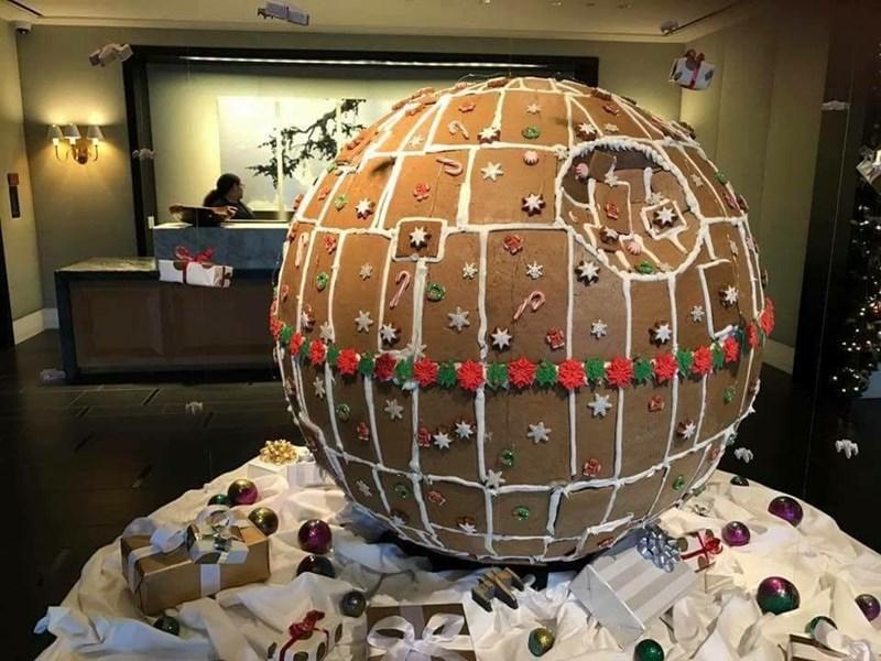 star wars fan makes gingerbread death star