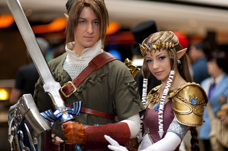 Con Goers And Cosplayers Share Their Cringiest Creepiest