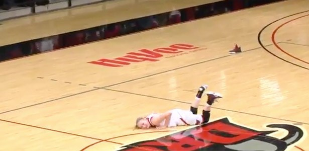 fail video woman keeps falling during basketball game