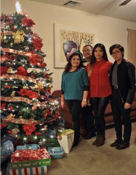 Christmas tree - let it snwl Let it snw