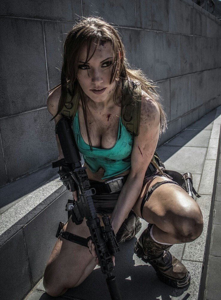 lara croft,cosplay