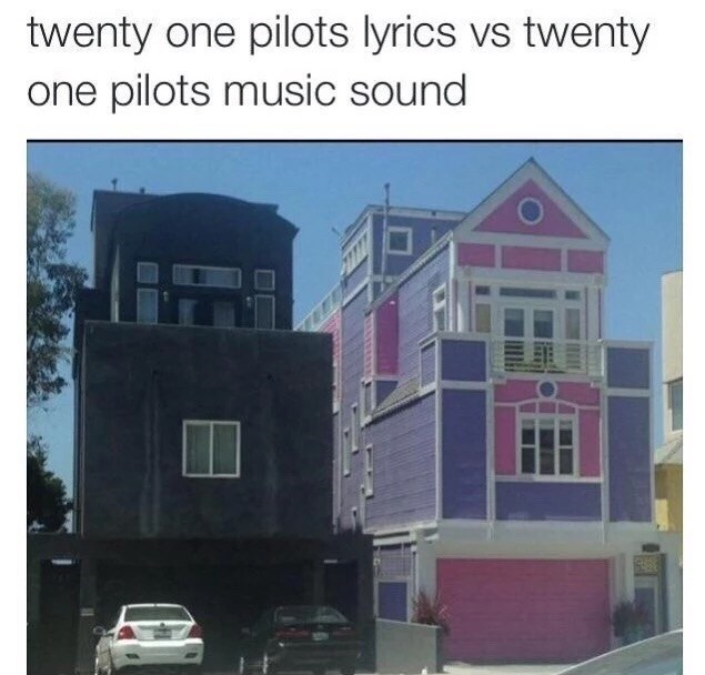 Property - twenty one pilots lyrics vs twenty one pilots music sound