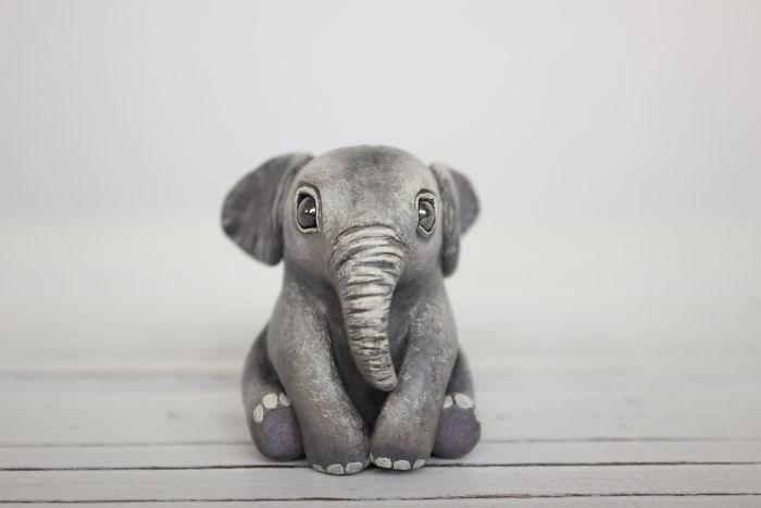 animal sculpture - Elephant - (Q