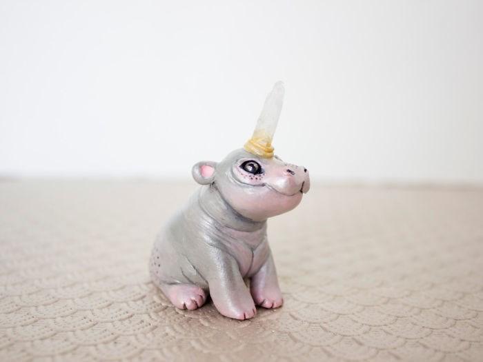 animal sculpture - Unicorn