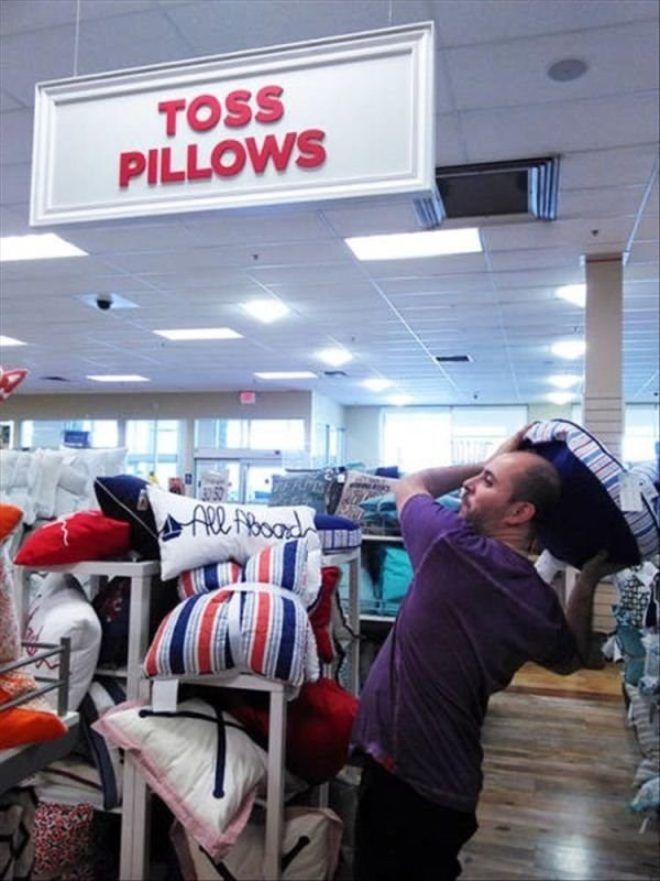 Outlet store - TOSS PILLOWS ARboard