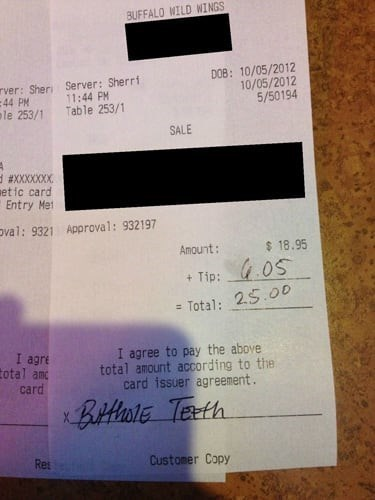 Text - BUFFALO WILD WINGS D08: 10/05/2012 10/05/2012 5/50194 rver: Sheri Server: Sherri 44 PM le 253/1 11:44 PM Table 253/1 SALE d #XXXXXXX etic card Entry Me Oval: 9321 Approval: 932197 Amount: $18.95 GOS Tip: Total: 2.5.00 I agre total anc card I agree to pay the above total amount according to the card issuer agreement BitHonE TEeth Customer Copy Res