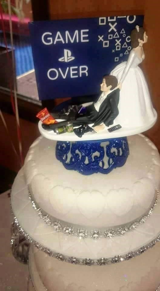 Cake - O O GAME OVER Doritos