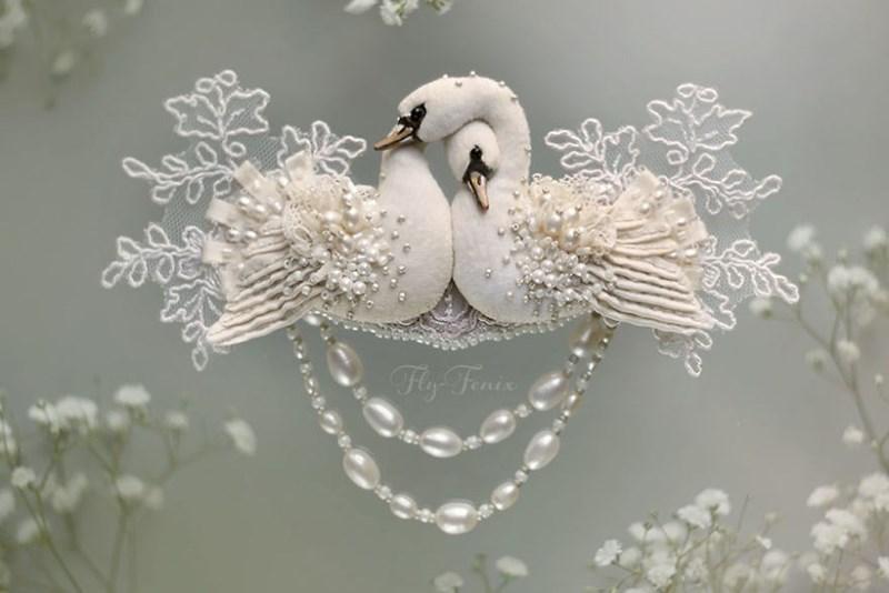 decorative - Swan - 00 Fly Feais
