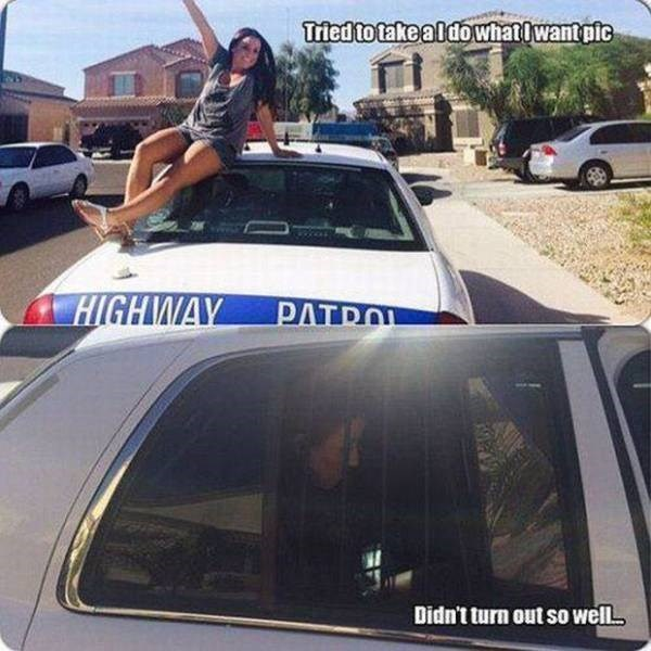 Driving FAIL girl takes selfie on a cop car