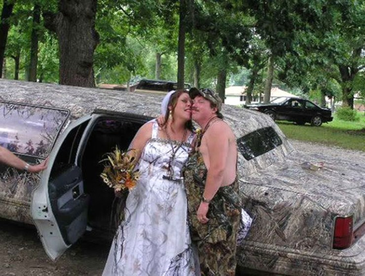 funny pic of redneck wedding