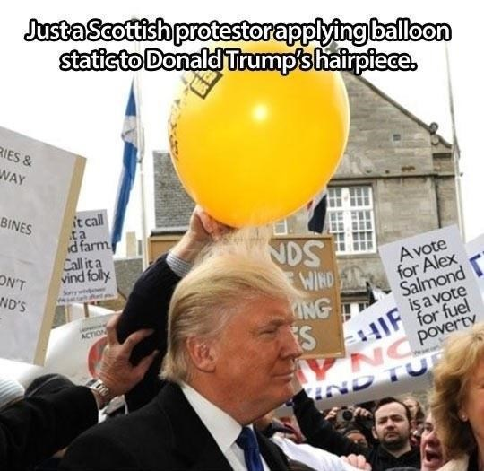 Scottish tweet of a protester that rubbed a balloon against Donald Trumps hair