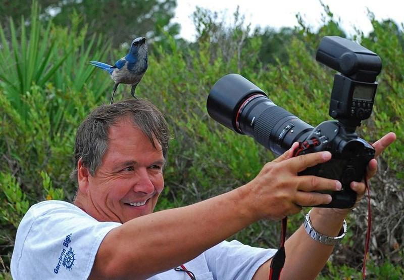 nature photographer - Cameras & optics - Garrison Bigh.