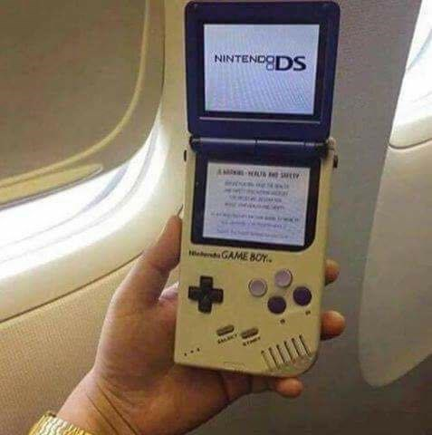 Modified Gameboy Nintendo DS device.