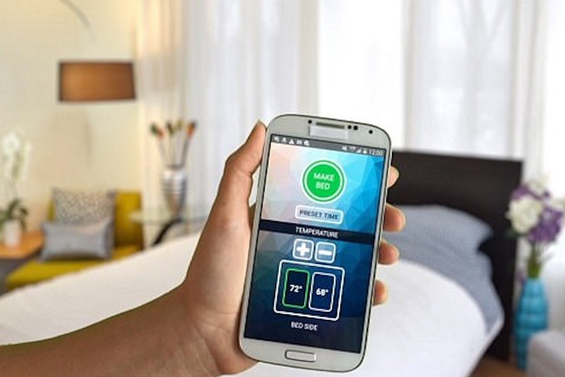 Smart Duvet app lets you decide the temperature in each side of the bed.