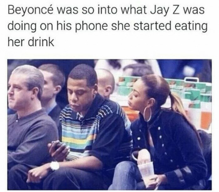 Sunday meme about Beyonce putting her hand in her drink