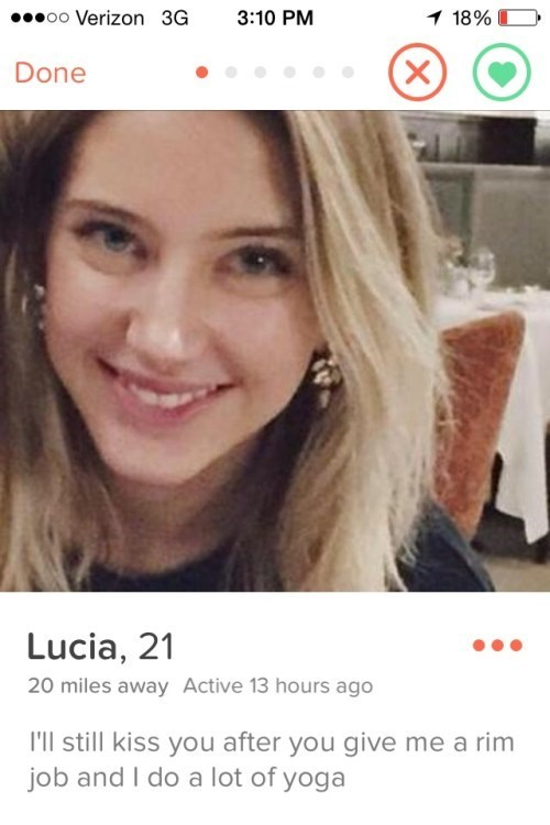 Lucia on tinder likes to kiss after a rim job