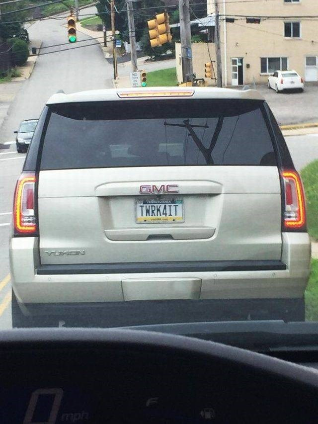 inappropriate license plate of twerk for it