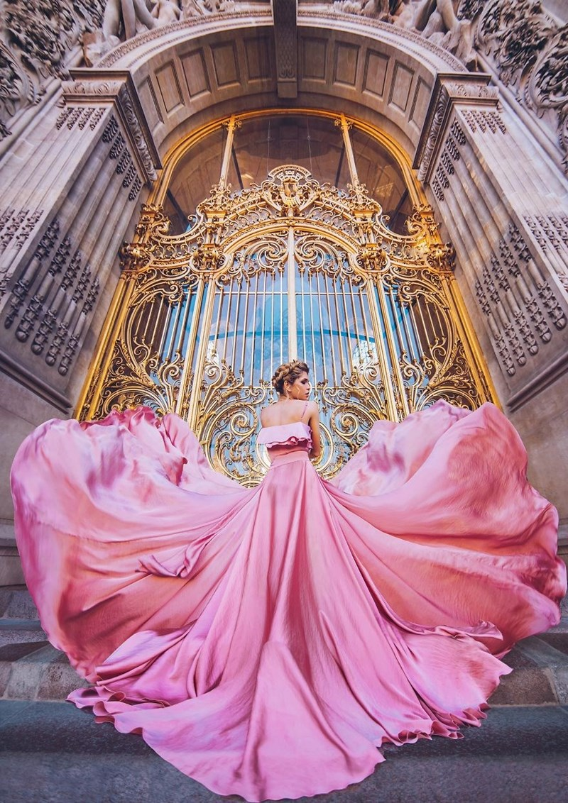Pink dress and golden gates