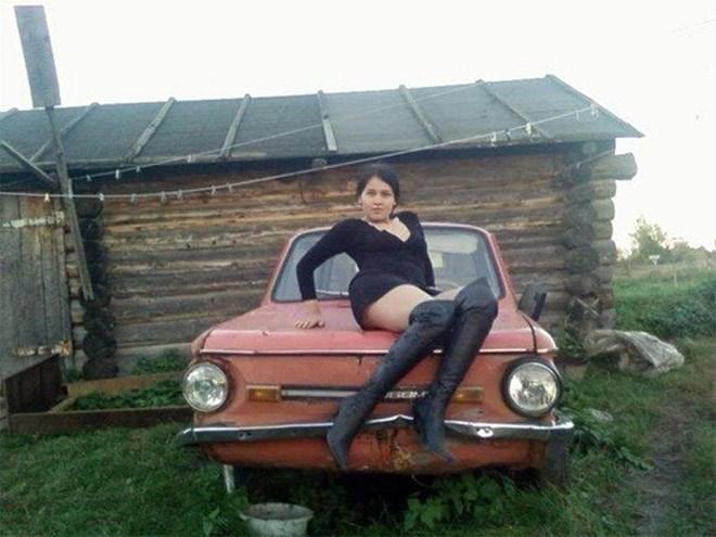 russian girls - Land vehicle - EEM