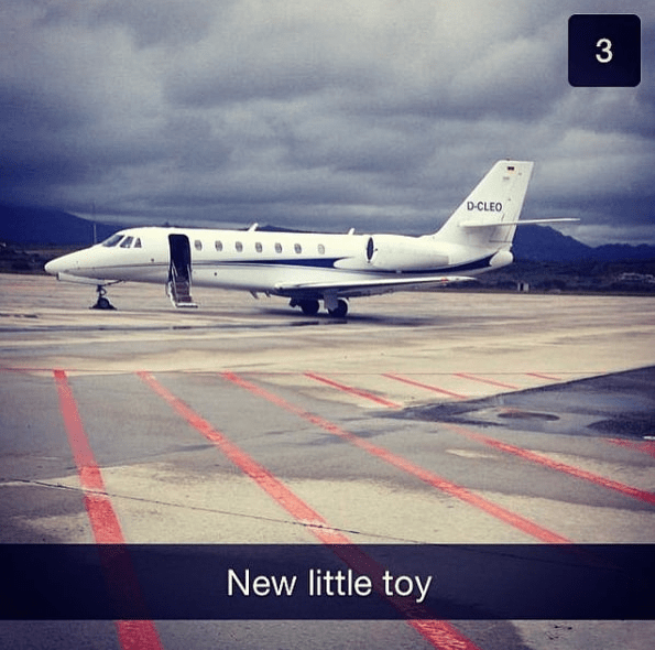 Business jet - 3 D-CLEO New little toy