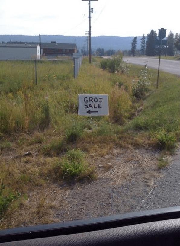 "Sign fails for a garage sale that says ""groj sale"""