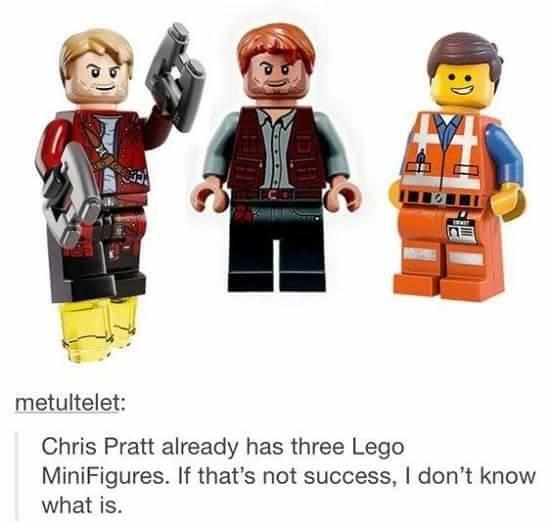 Chris Pratt has three lego mini figures