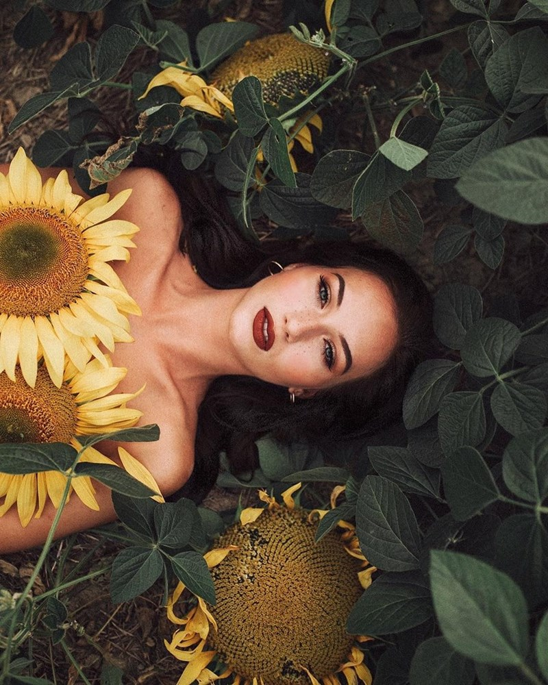 beautiful women - People in nature