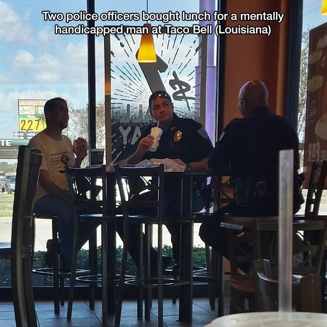 Cheezburger Image 9082986752