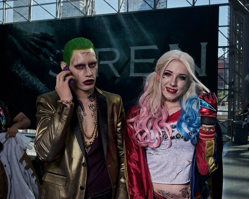 Harley Quinn and the Joker cosplayers at NYCC 2017