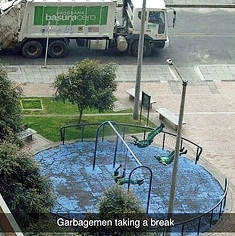 Transport - basuracerO Garbagemen taking a break
