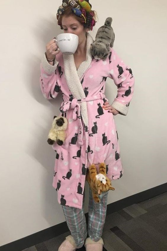 crazy cat lady costume - Clothing - on Cr