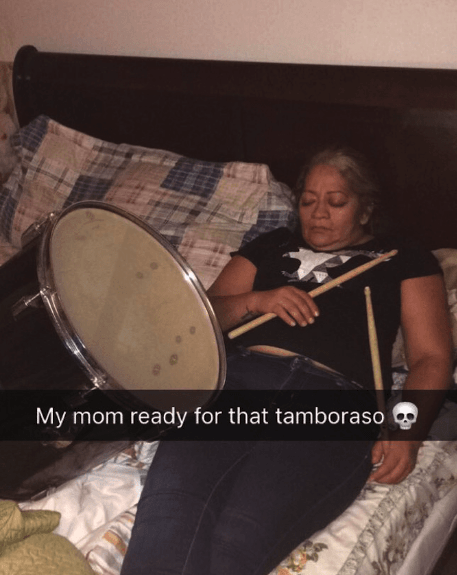 Drum - My mom ready for that tamboraso